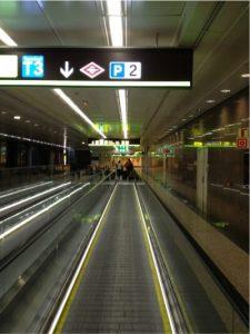 airport_madrid_moving_lane